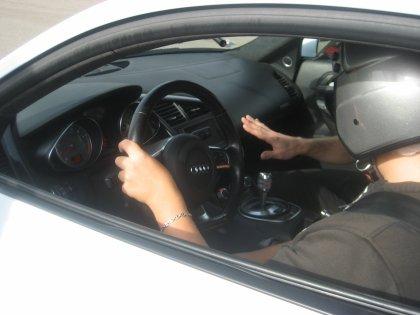 Moi au volant de l'Audi R8