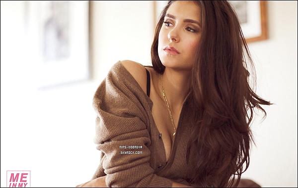 *  Des nouvelles photos de la belle Nina pour le magazine « Esquire » viennent d'apparaître.       J'aime beaucoup ce photoshoot, on y découvre une Nina sexy & souriante. Qu'en pensez-vous ? (article associé)    *