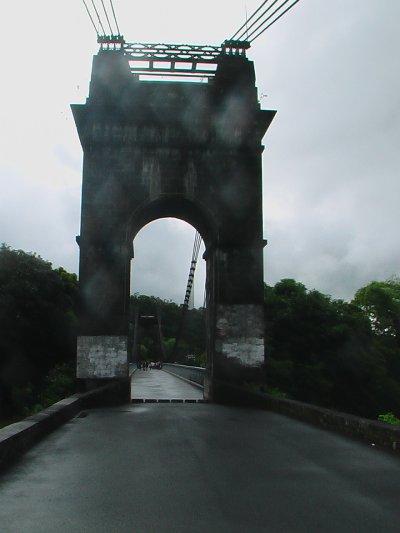pont de rivière de l'est