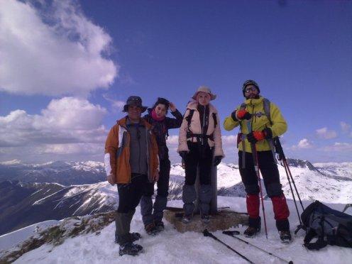 LOS TOSTAOS EN LA CIMA DEL CATOUTE 2.117 m. ( Sierra de Gistredo. MONTES DE LEÓN) 06-03-2011