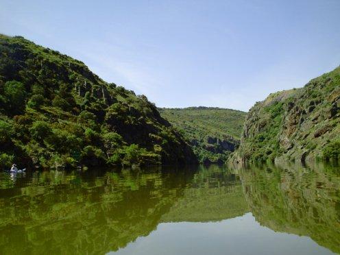 En Piragua por los Arribes. De Puente Pino a Castro. Como estar en otro mundo sin salir de Zamora. (Viernes 13 de mayo)