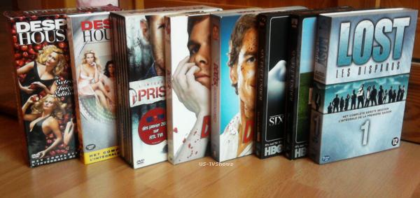 ___Ma Collection DVD//Books___  Comme tout bon sériephile,  j'essaie d'avoir une grande collection de DVD/Books concernant les séries. Je vous laisse découvrir tout ça ! Et toi quels DVD/Livres as-tu ?