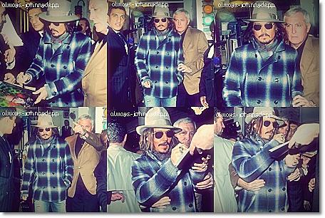 • Johnny dans les rues de New-York  •