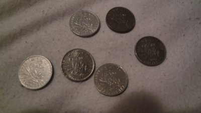 Quelque pieces de 50 centines