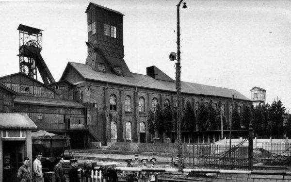 Fosse N° 3 de Bruay en Artois, un des fleurons de l'industrie minière Nordiste.