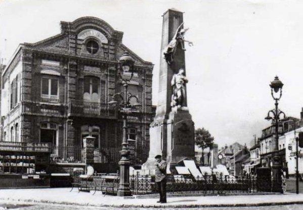 Le monument aux morts de Bruay en Artois