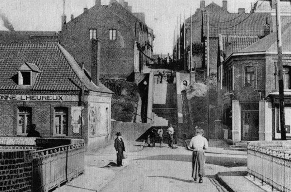 La rue des escaliers de Bruay en Artois