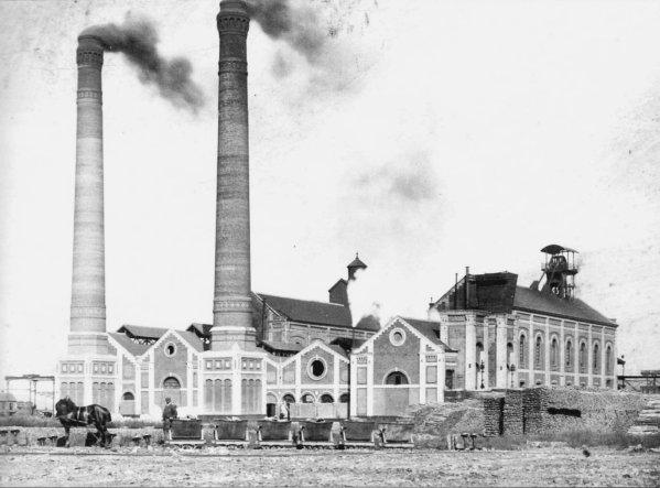 Fosse N° 3 des mines de Liévin en 1899.