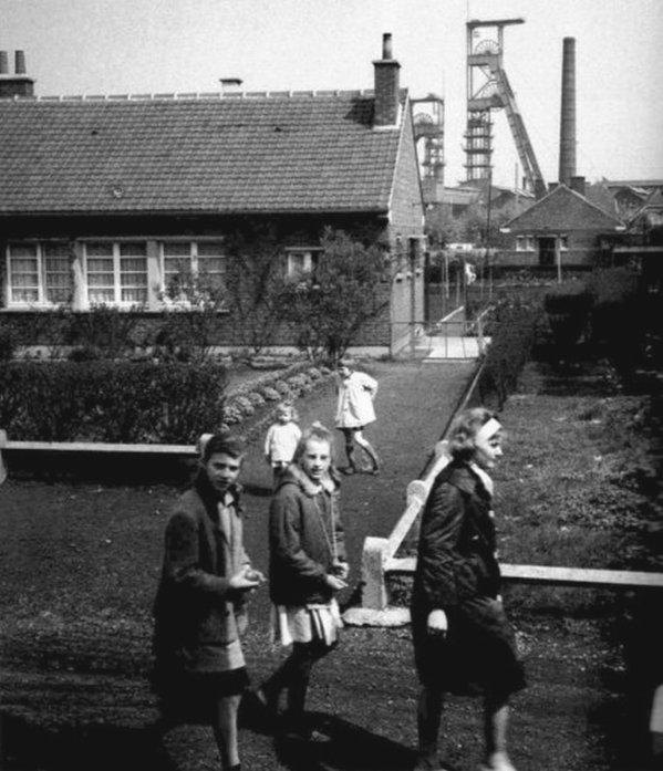 En route vers l'école ...en 1963