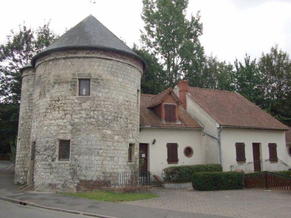 Vue ancienne de Bruay en Artois: La Tour de Lambres rue Cail 1