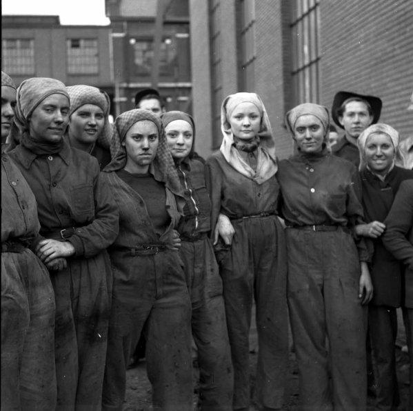Groupe de trieuses des mines de Lens années 1950.