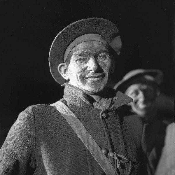 Mineur à la remontée dans les années 1940.