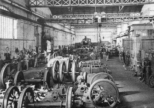 Ateliers centraux de la Compagnie des Mines d'Aniche vers 1930 - 1