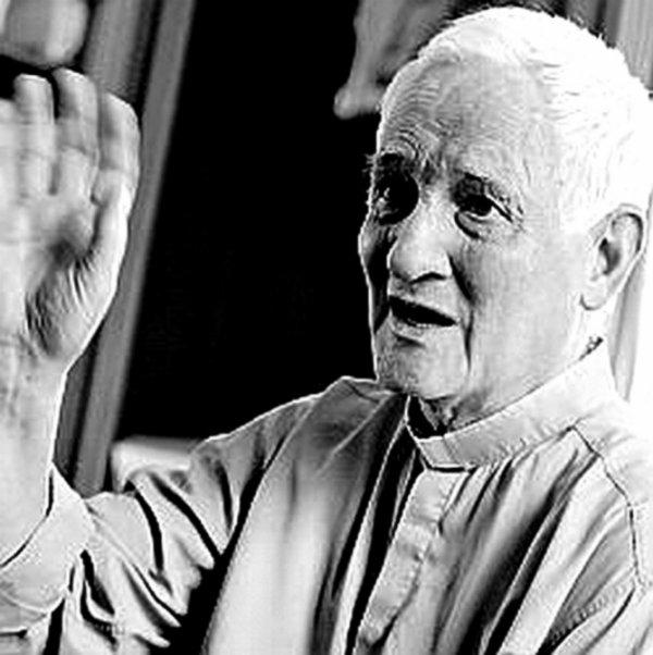Solidarité dans le Nord, le Père Arthur et son aide aux Roms.