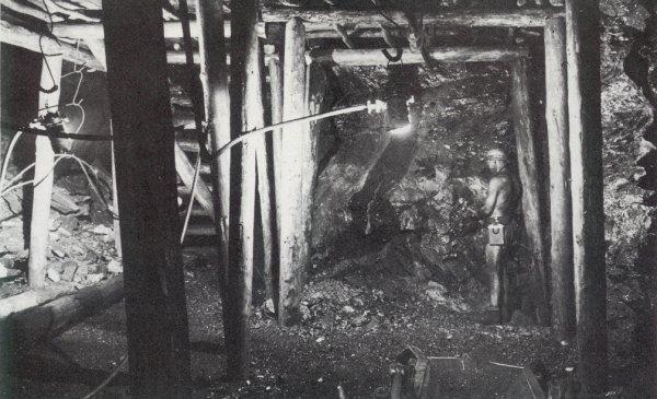 Fosse 3 Bis à Bruay en Artois année 1951