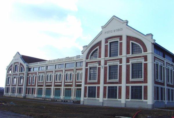Rénovation de la fosse N° 9 d'Oignies - Projet Confinances par l'Union Européenne -1
