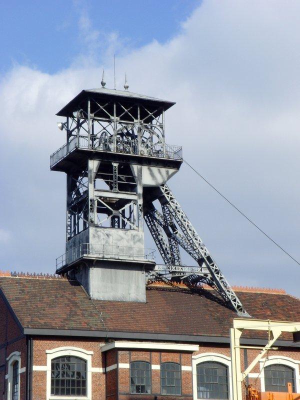 Rénovation de la fosse N° 9 d'Oignies - Projet Confinances par l'Union Européenne. 2