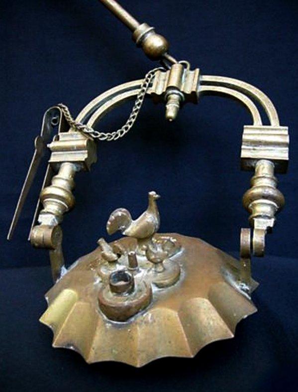 Incroyable mais vrai !.. Record mondial de vente sur Ebay France pour une lampe de mineur Rave vendue ...7833 ¤ !...
