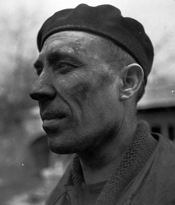 Hommes des hauts de France d' Henri Raimbaut, poète mineur.