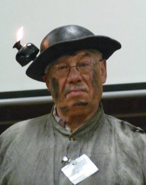 articles de andredemarles tagg s lampes de mineur page 7 toute une passion de notre. Black Bedroom Furniture Sets. Home Design Ideas