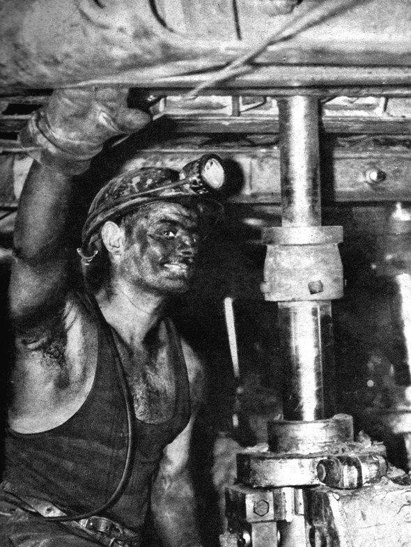 Mineurs du monde d' Henri Raimbaut