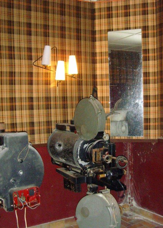 Le cinéma REX d' Haillicourt, retour aux sources.