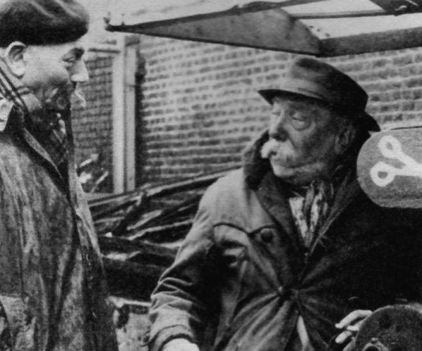 """Octobre 1979, disparaissait SIMONS, l' un des héros du """" Magazine des Mineurs """"."""
