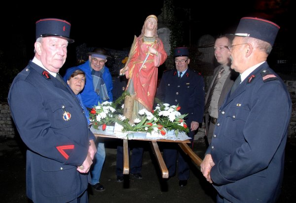 La célébration en l' honneur de Sainte Barbe à Houdain le 2 décembre 2011