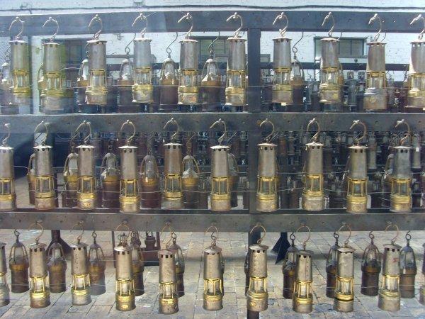 Centre Historique Minier de Lewarde - collection de lampes de mine de l' ingénieur GRARD