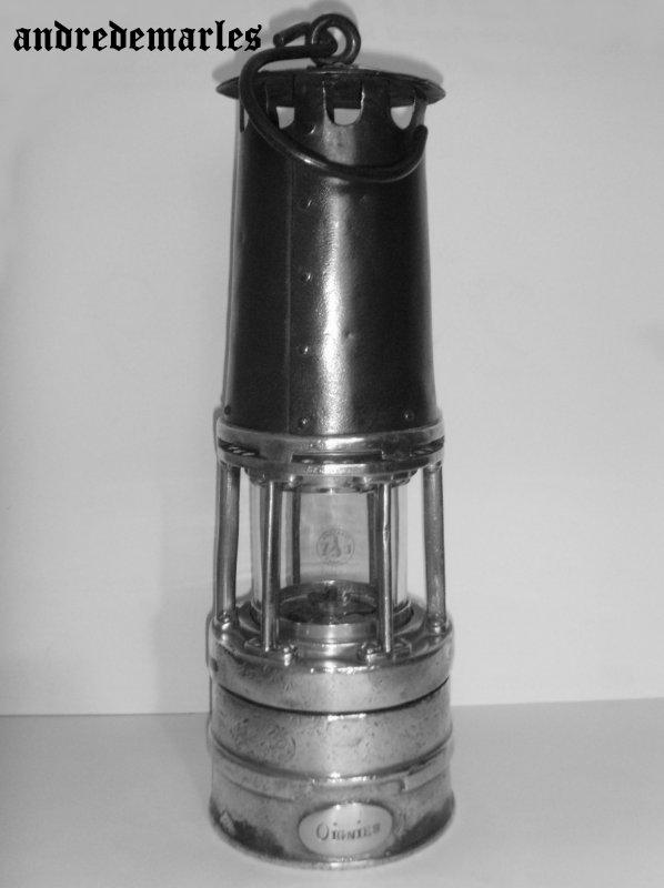 Les lampes de mineur Wolf ou à essence  ( dites à benzine )