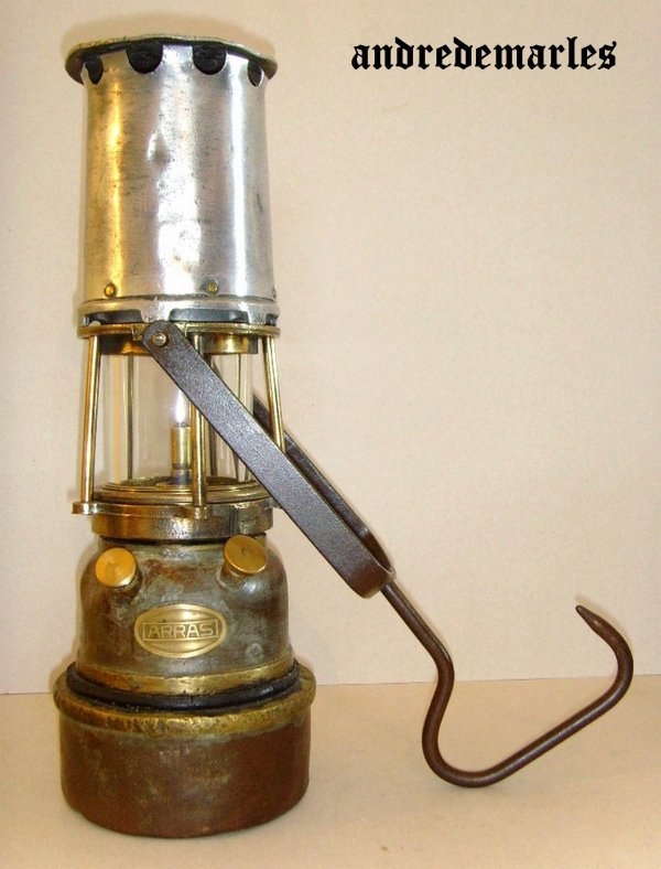 Les lampes de mineur à acétylène