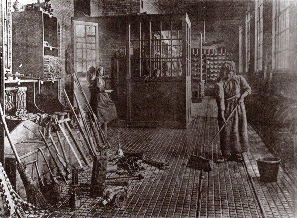 Magazin des mines de Lens au début du XXème.