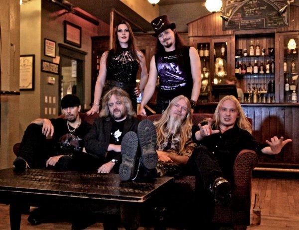 Nightwish: Anette a quitté le groupe, Floor assure l'intérim (pour l'instant?)