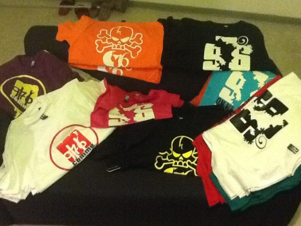 Tee-shirts disponibles ;-)