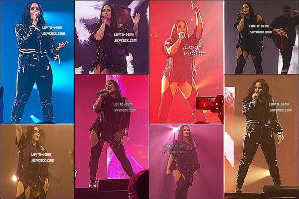 * 15/06/18 :    Demi a performé pour sa tournée « Tell Me You Love Me Tour » à l'Arena Metro Radio, dans Newcastle. Comme à son habitude, Demi a posé avec des fans à un Meet & Greet. Elle est vraiment ravissante. Je suis fan des tenues qu'elle porte. Tops pour moi !  *