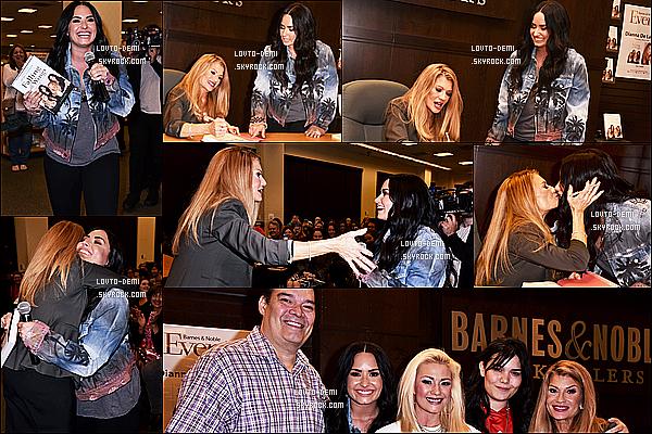 * 08/03/18 :    Demi s'est rendue à la séance dédicaces du livre de sa mère au « Barnes & Noble » - dans Los Angeles. C'est mignon que Demi aille voir sa mère malgré sa tournée. Elle est très belle et souriante. J'aime beaucoup la tenue qu'elle porte - Des Tops pour moi !  *