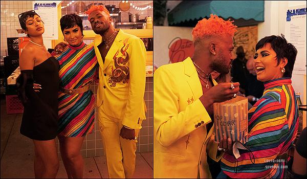 * '•-25/08/21 ─-' Demi a assisté à la première du clip « 4K » du rappeur Duckwrth qui avait lieu dans la ville de Los Angeles. Seulement deux photos sont disponibles. En tout cas Demi est vraiment ravissante. J'aime bien sa tenue est sa mise en beauté. Donc Top. *