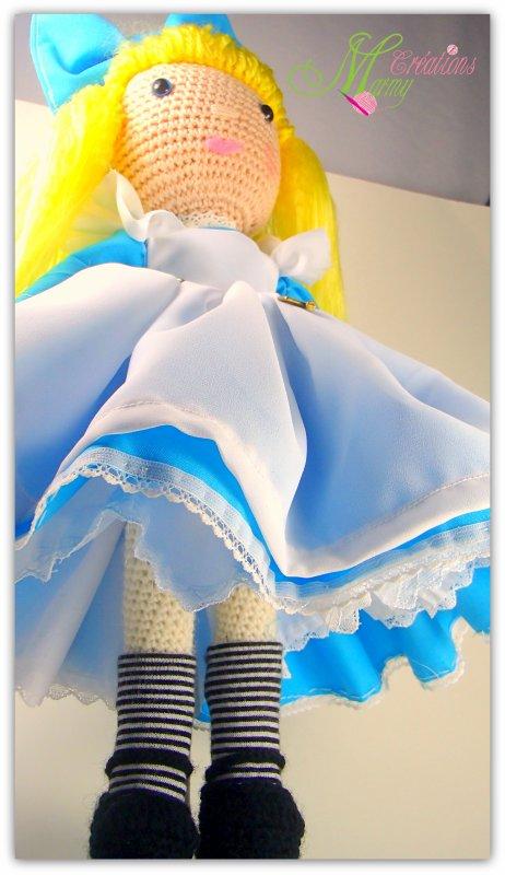 Alice aux pays des merveilles aux crochet et couture
