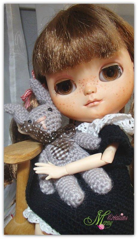 Dis quand est-ce que je vais pouvoir jouer avec ma petite soeur Yvi ? me dis Rosie