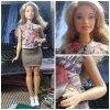 Mon mari m'a acheté une Barbie Fashionistas