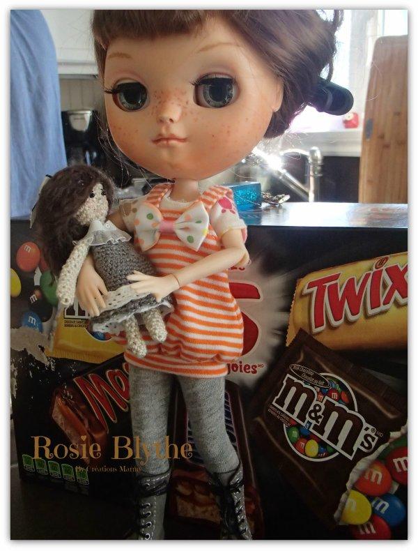 Maman m'a offert une jolie poupée !