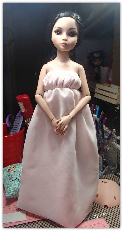 un début de robe enfin pour Ellowyne