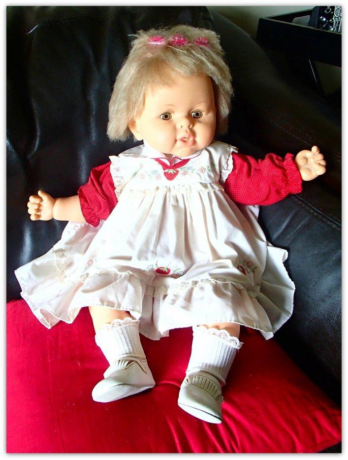 Ref/ ms nb 27 Hong Kong Baby doll
