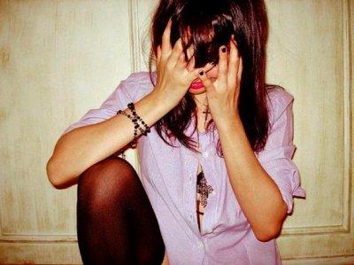 C'est pas comme si mon coeur devenait fou dès que je te vois. Non, non c'est bien pire que ça.