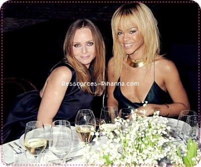 Rihanna à la soirée de présentation de Stella McCartney ! Un joli TOP pour Riri :)