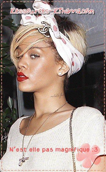 Une Rihanna que je trouve magnifique quittant le restaurant italien ' Giorgio Baldi ' à Los Angeles . GROS TOP !    + interview de Katy perry .