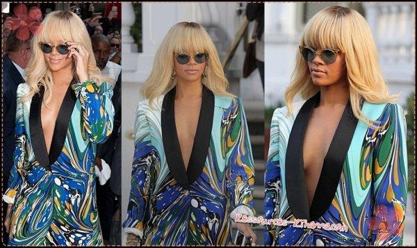 Rihanna arrivant à L'hotel ' Mandarin ' à Londres + Rihanna quittant son hotel + quelques interviews de Rihanna chez la chaine BBC .