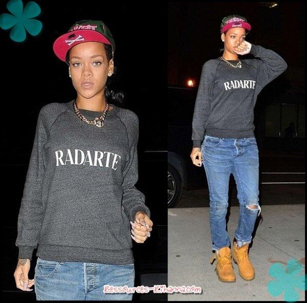 Rihanna dévoile son 17ème tatouage + Rihanna à Brooklyn à NY