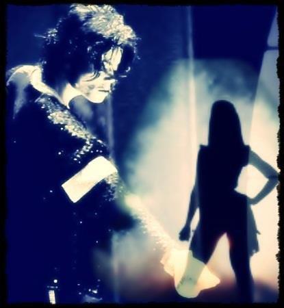 Sondage : Pensez vous que Beyoncé peut etre comparer à Michael Jackson ?