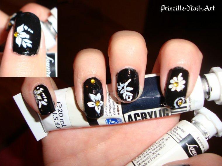 Nail Art très Fleuri!